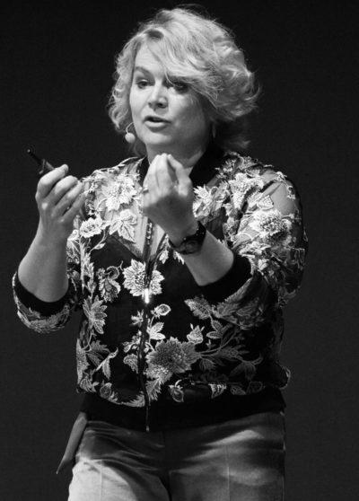 Katja Schleicher, KeyNote, KeyNote Speaker, Speaking, Communication, Intercultural Communication, Gender Communication, Leadership Communication, Storytelling, Narrative Leadership, Storywork, Story